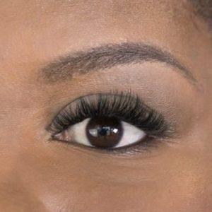 eyebrow threading closeup