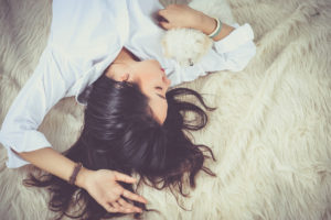 Eyelash Extension Care: Tips On Catching Zzz's With Lash Extensions
