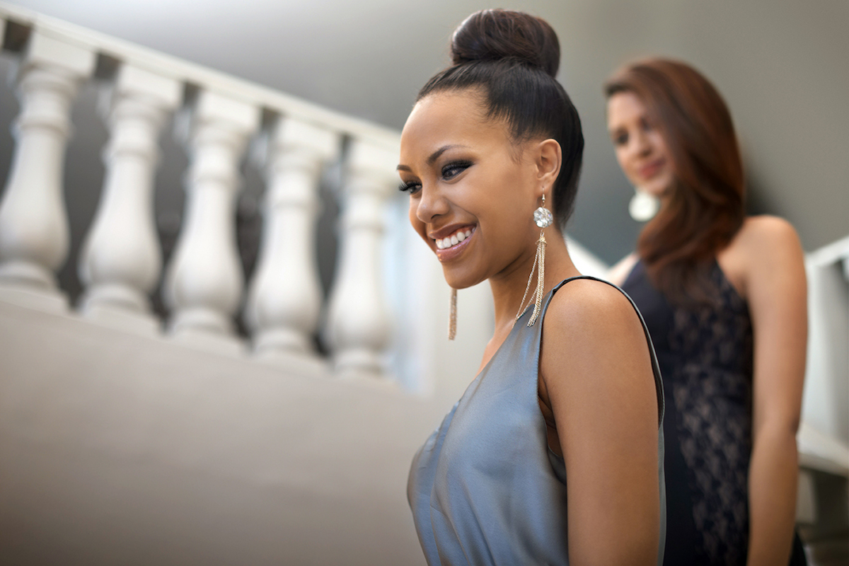 5 FINISHING TOUCHES FOR YOUR HOMECOMING LOOK