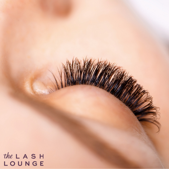 Beautiful eyelash extensions that have lasted longer thanks to good lash care